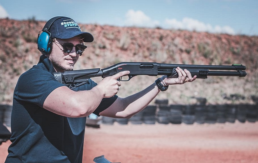 glasses clay shooting